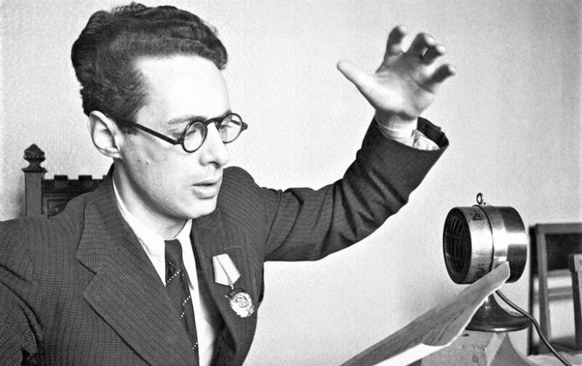 Cuộc đời thăng trầm của phát thanh viên nổi tiếng nhất Liên Xô - Ảnh 1.