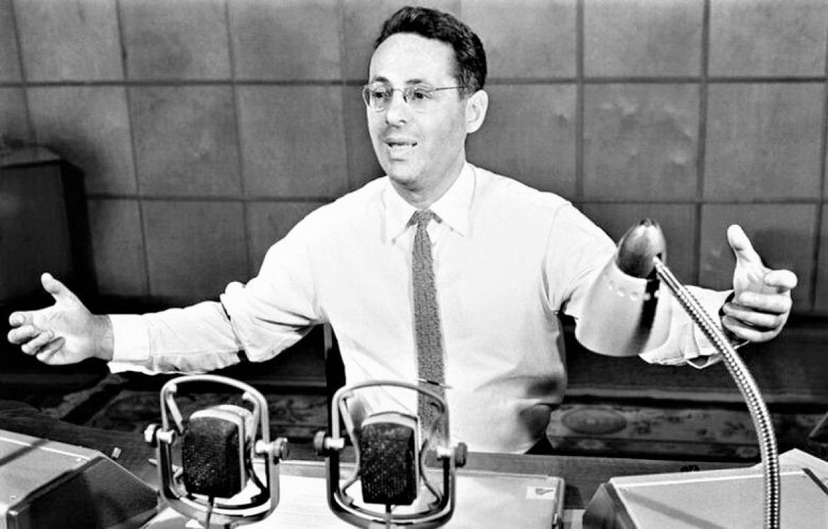 Cuộc đời thăng trầm của phát thanh viên nổi tiếng nhất Liên Xô - Ảnh 3.