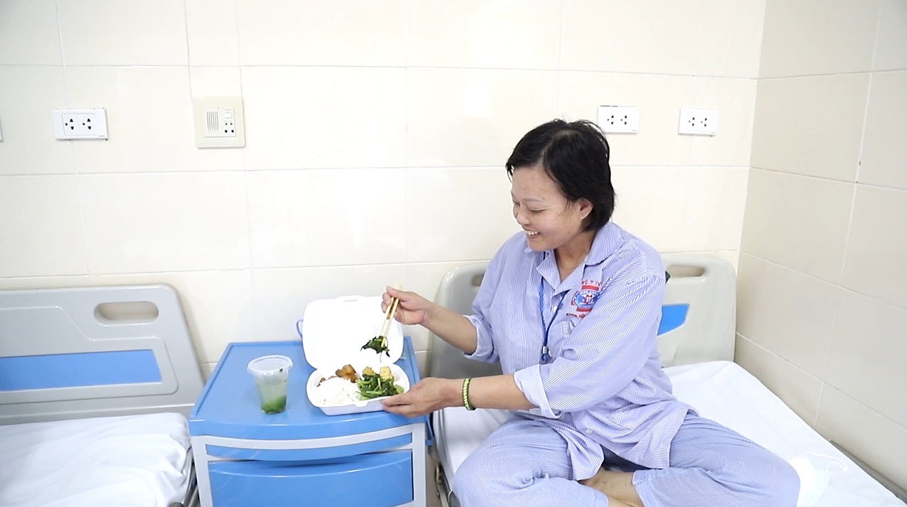 10.000 suất ăn được phục vụ mỗi ngày trong khu cách ly  Bệnh viện K - Ảnh 5.