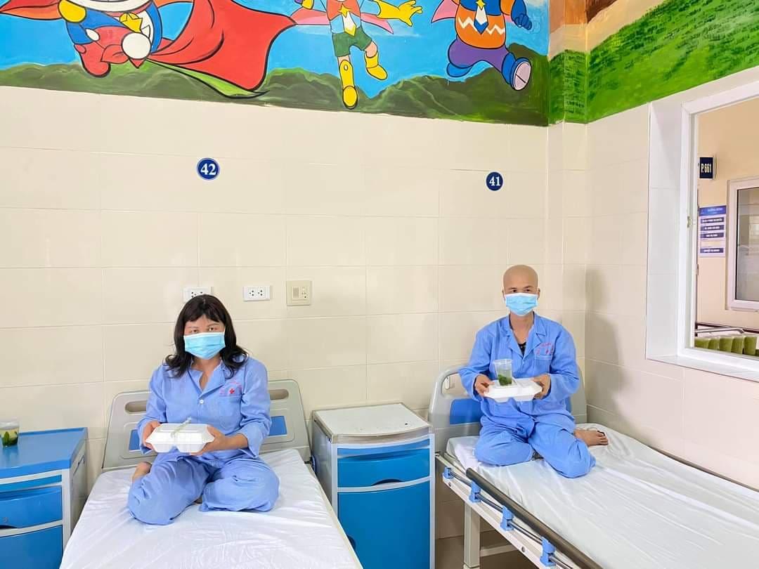 10.000 suất ăn được phục vụ mỗi ngày trong khu cách ly  Bệnh viện K - Ảnh 6.