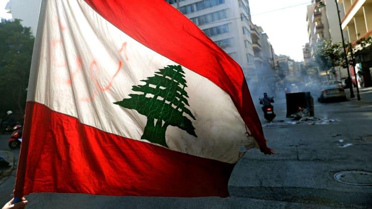 Khủng hoảng trầm trọng ở Lebanon: nền kinh tế rơi vào 'chuyến tàu hỏa ngục' - Ảnh 1.