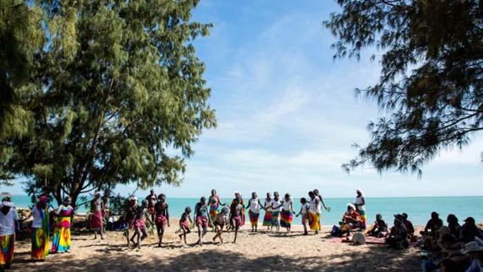 Vùng đất thiêng Arnhem Land của thổ dân Yolngu lọt Top 10 điểm đến du lịch Australia tuyệt vời nhất - Ảnh 7.