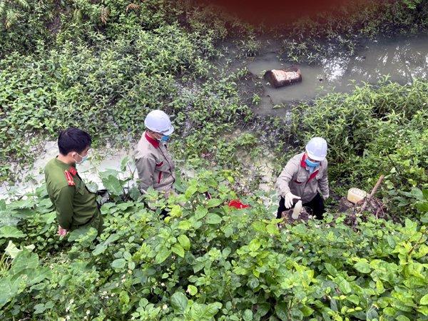"""Quảng Ninh: Xả nước thải """"bẩn"""", một doanh nghiệp bị phạt 80 triệu đồng - Ảnh 1."""
