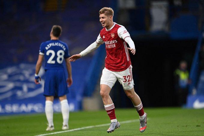 Arsenal vượt qua Chelsea, HLV Arteta thừa nhận ăn may - Ảnh 1.