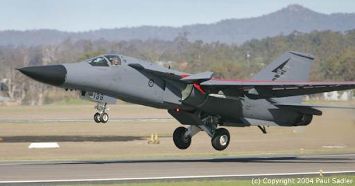 """""""Mãnh thú ném bom"""" F-111 Mỹ bị chôn vùi gây sốc ở Australia - Ảnh 9."""