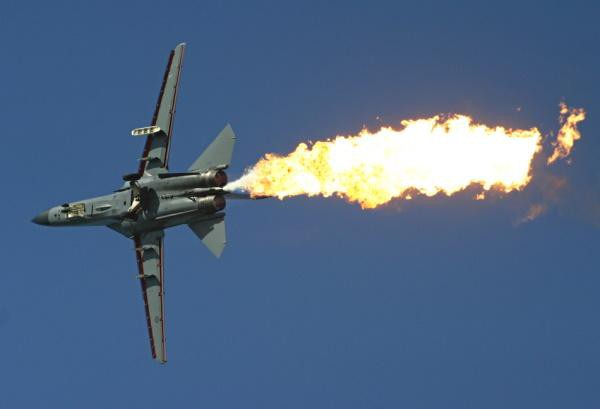 """""""Mãnh thú ném bom"""" F-111 Mỹ bị chôn vùi gây sốc ở Australia - Ảnh 34."""