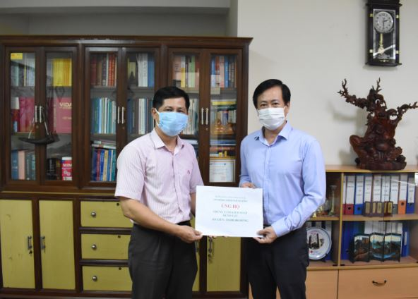 Đà Nẵng: Ngân hàng Chính sách xã hội tiếp sức cho các đơn vị tuyến đầu phòng chống dịch Covid-19 - Ảnh 2.