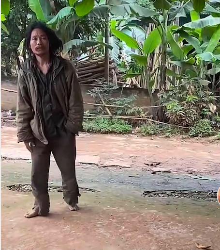 Nhờ xem clip trên mạng, vợ tìm được chồng đi lạc 13 năm - Ảnh 1.
