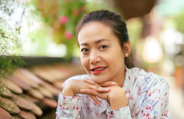 Chiêm ngưỡng nhan sắc tuổi đôi mươi của nữ diễn viên Hồng Ánh - Ảnh 10.