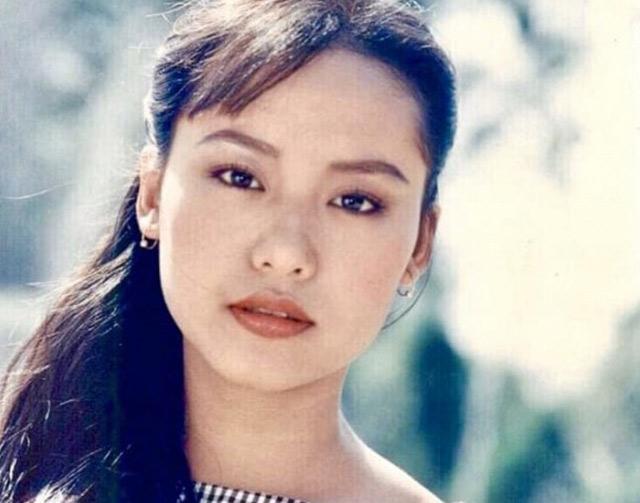 Chiêm ngưỡng nhan sắc tuổi đôi mươi của nữ diễn viên Hồng Ánh - Ảnh 4.