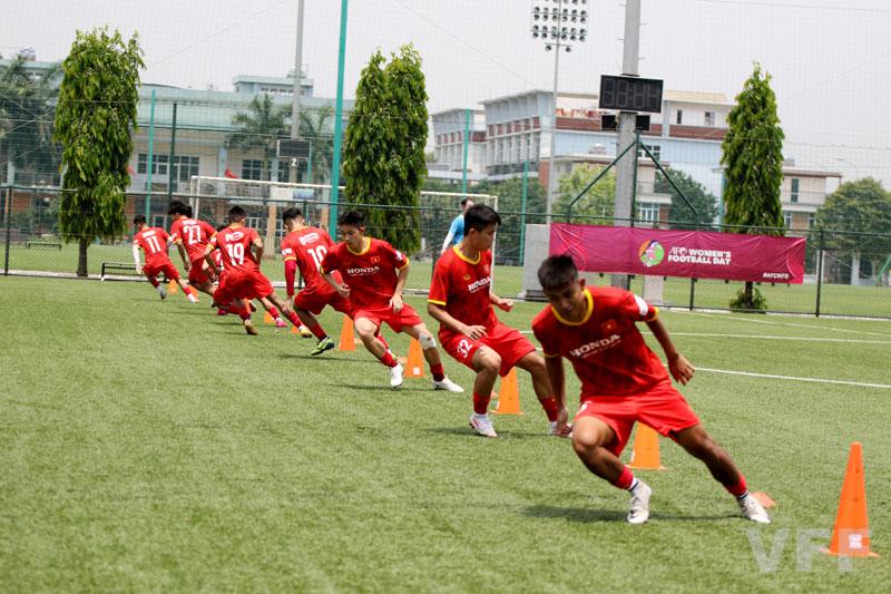 """Liễu Quang Vinh """"bật mí"""" cường độ tập luyện U22 Việt Nam - Ảnh 4."""