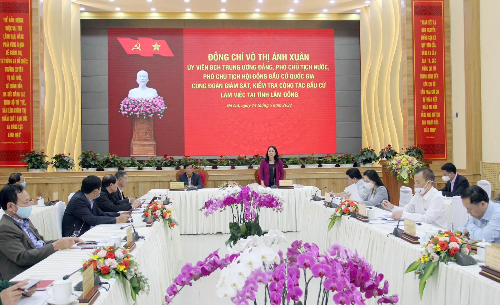 Phó Chủ tịch nước kiểm tra công tác bầu cử tại Lâm Đồng - Ảnh 1.