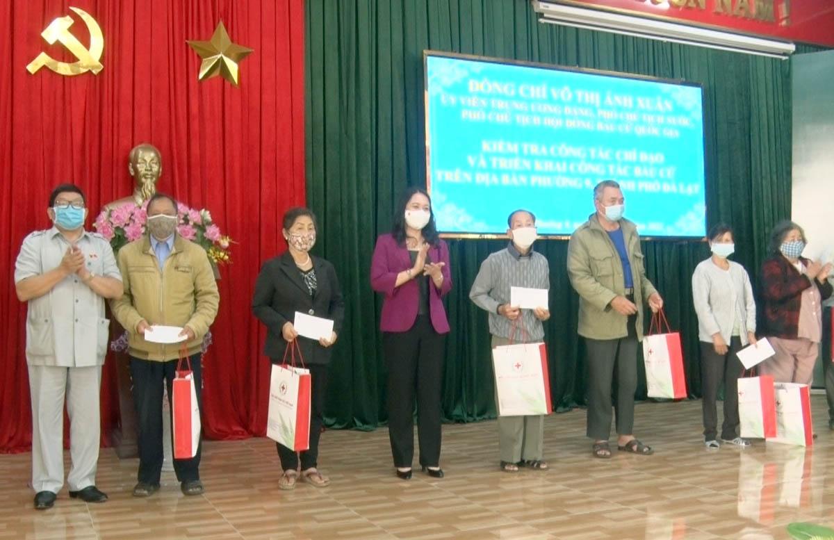 Phó Chủ tịch nước kiểm tra công tác bầu cử tại Lâm Đồng - Ảnh 3.