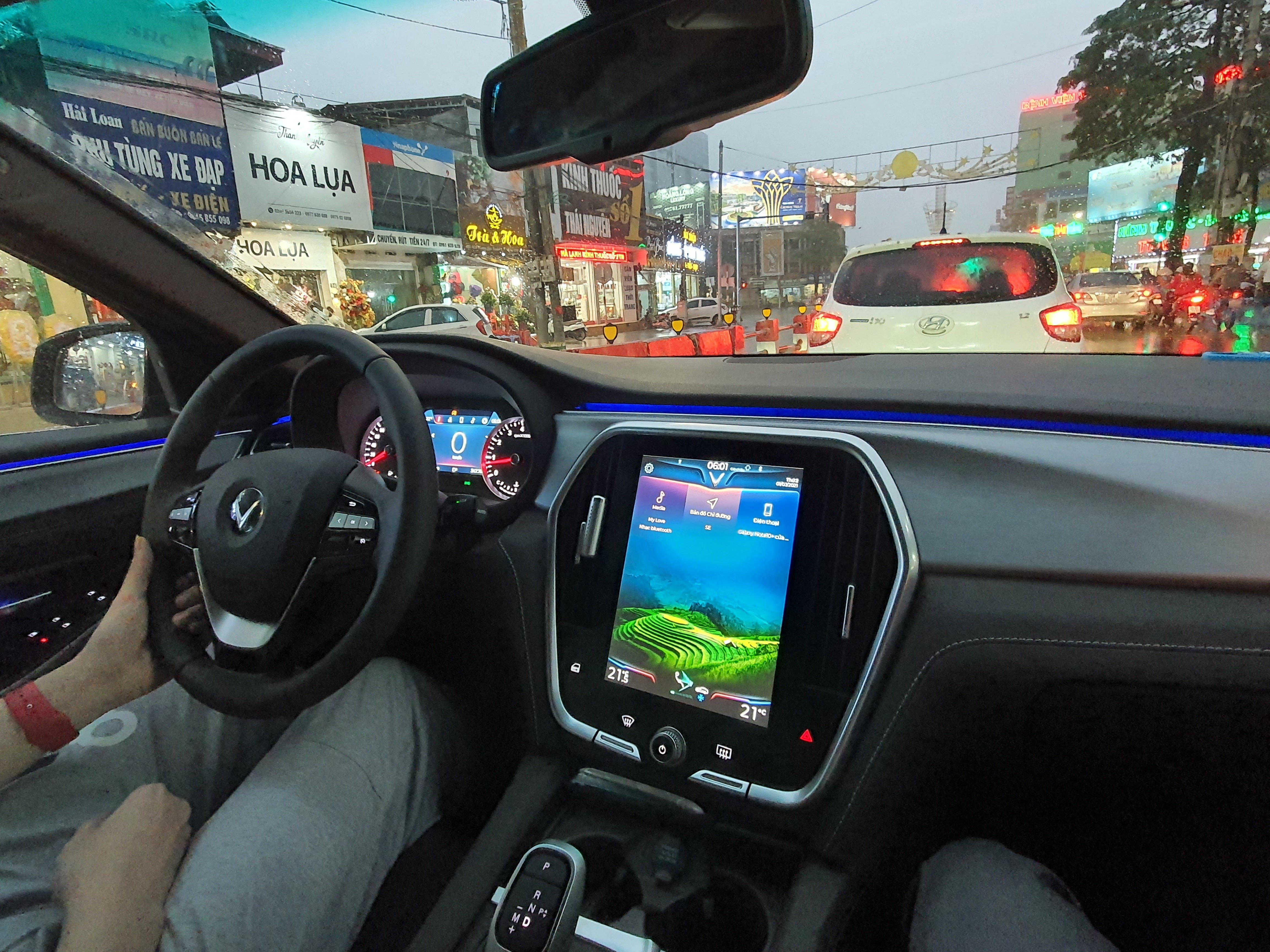Mua VinFast Lux A 2.0 sau 5 tháng, chủ xe tuyên bố bất ngờ - Ảnh 2.