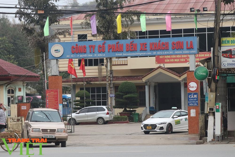 Sau Điện Biên, Hòa Bình, tỉnh Sơn La tiếp tục tạm dừng hoạt động vận tải đi 9 tỉnh  - Ảnh 1.