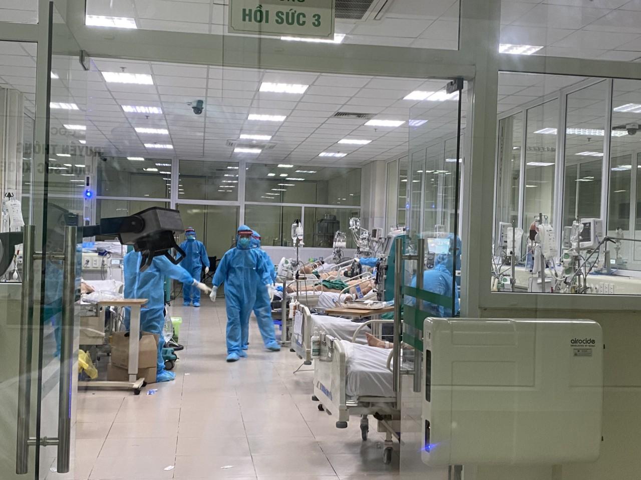 Bệnh nhân Covid-19 đầu tiên tử vong trong đợt dịch thứ 4 - Ảnh 1.