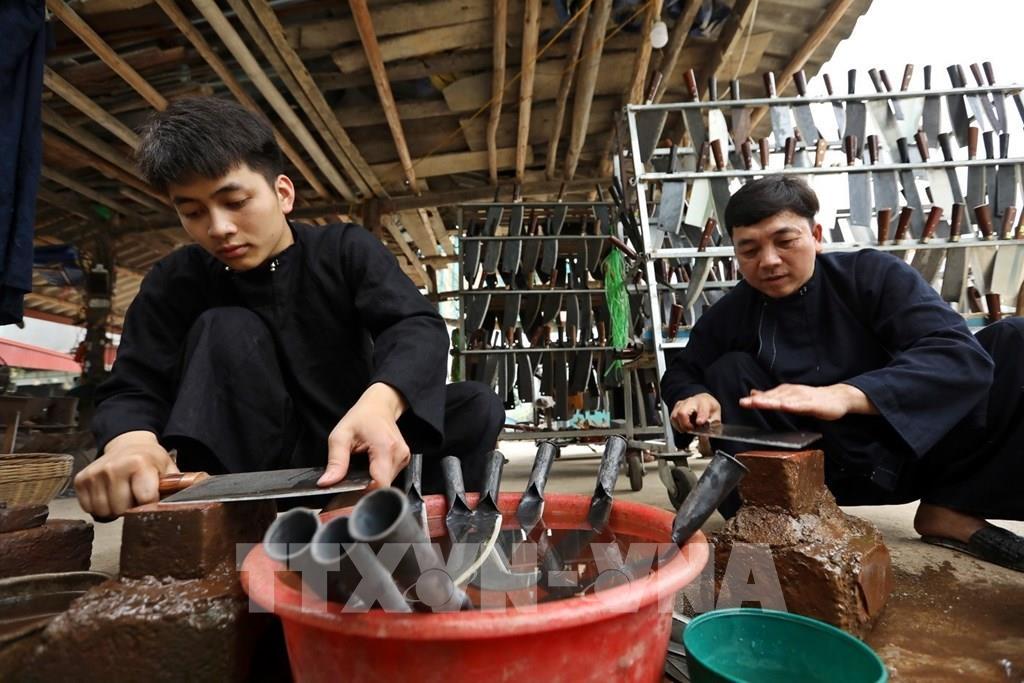 """Ở nơi """"ầm ĩ"""" và """"nóng"""" nhất Cao Bằng có làng truyền thống hơn 300 năm tuổi - Ảnh 2."""