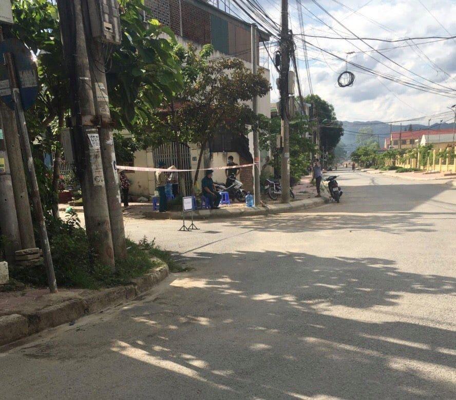 Điện Biên: Lịch trình dày đặc của 3 bệnh nhân dương tính Covid-19 tại huyện Nậm Pồ - Ảnh 2.