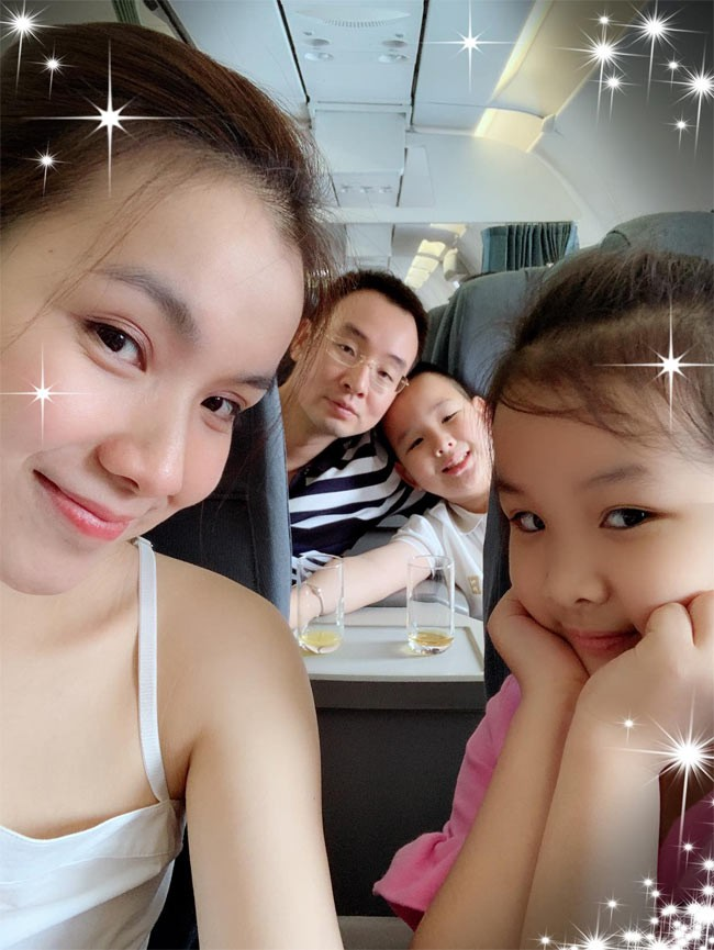 Người đẹp đầu tiên từng đăng quang Hoa hậu Hoàn vũ Việt Nam giờ ra sao? - Ảnh 5.
