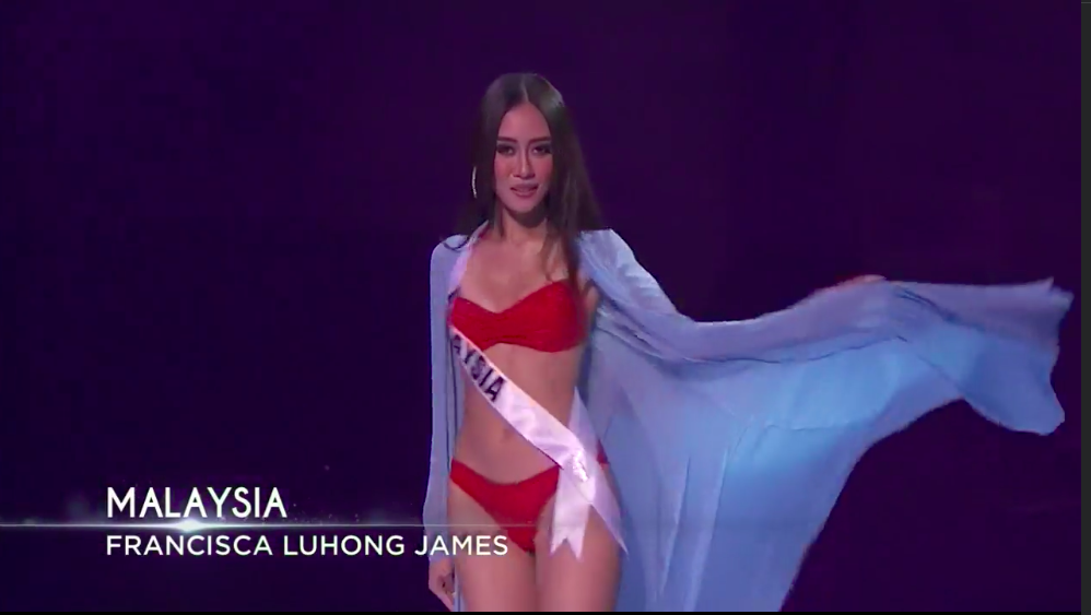 """""""Bỏng mắt"""" ngắm Khánh Vân mặc bikini quyến rũ tại Bán kết Hoa hậu Hoàn vũ 2020 - Ảnh 5."""