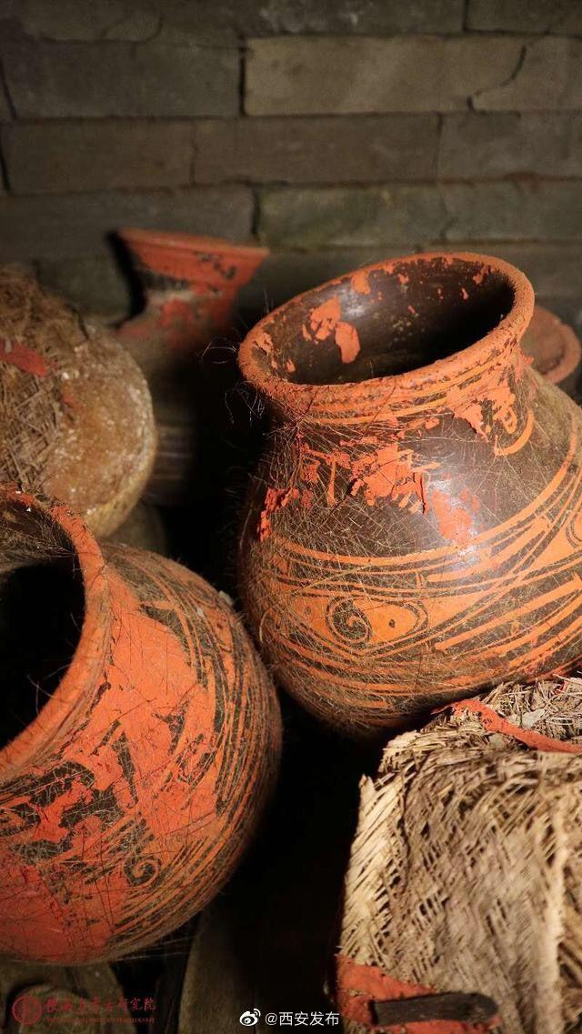 Kỳ tích khảo cổ học: 'Hài cốt hữu cơ' trong lăng mộ hơn 2000 năm chưa hề bị phân hủy - Ảnh 3.