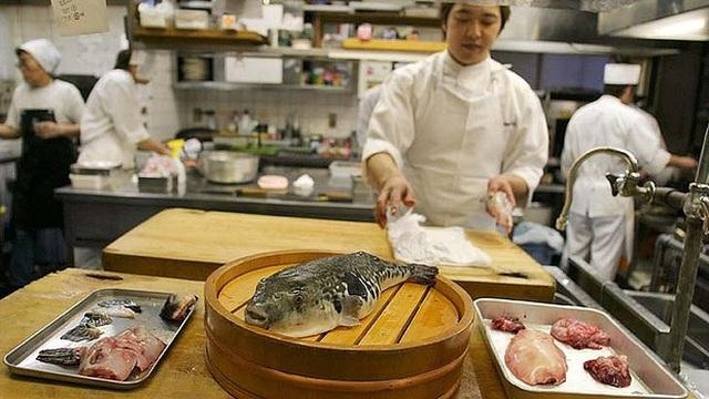 """Nhật Bản: Đặc sản kịch độc chết người """"vừa ăn vừa run"""" có giá đắt đỏ - Ảnh 3."""