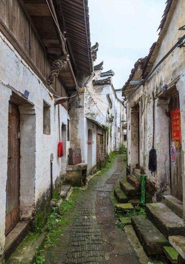 Chuyện kỳ lạ ở ngôi làng cổ hơn 600 năm không ai dám vào vì dễ vào khó ra, hóa ra sự thật là đây - Ảnh 4.