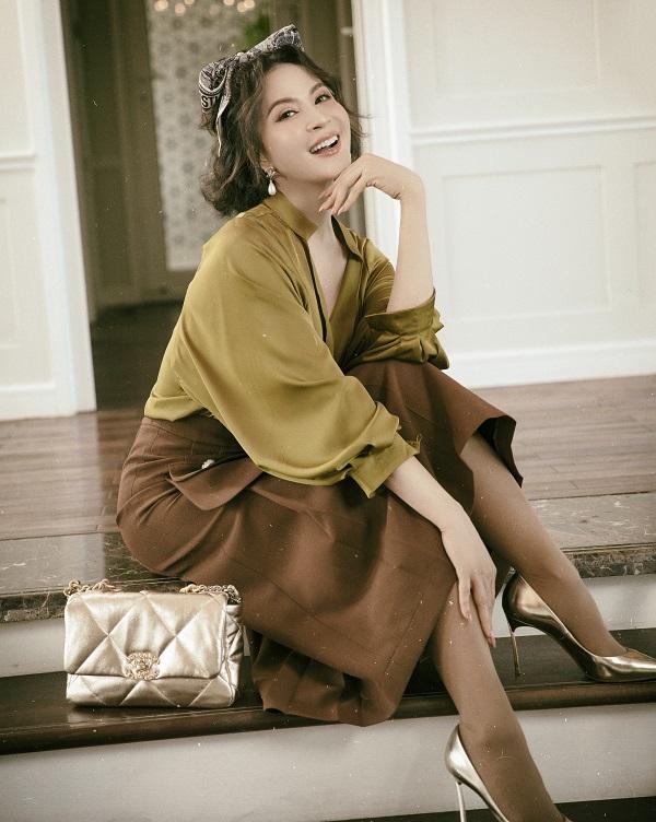 Vẻ đẹp vượt thời gian của MC Thanh Mai ở tuổi U50 - Ảnh 3.