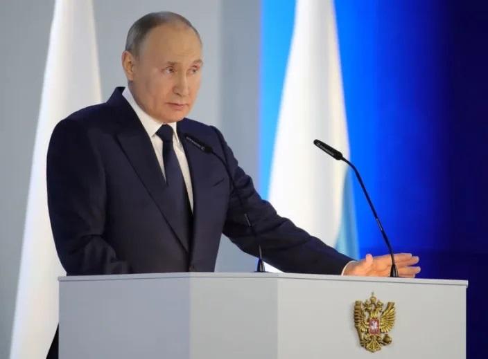 """Putin tố Ukraine """"chống Nga"""", thề đáp trả - Ảnh 1."""