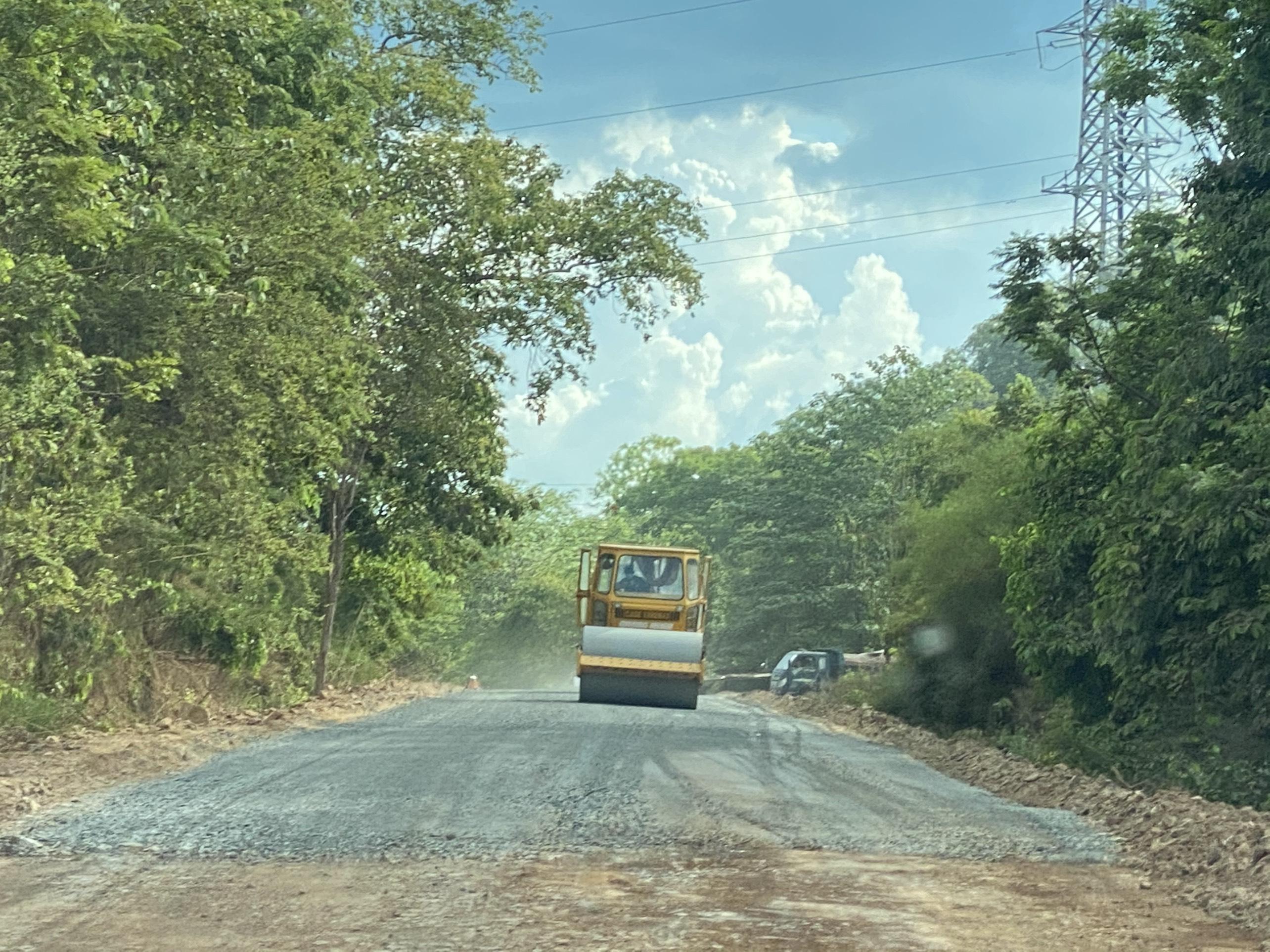 Đắk Lắk: Hơn 1.000 tỉ đồng nối thông trung tâm với đường biên giới Ea Súp - Ảnh 1.