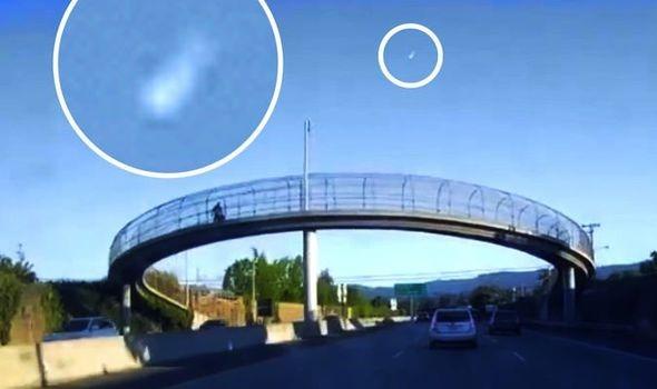 Một thiên thạch bay ngang qua bầu trời California vào ban ngày - Ảnh 1.