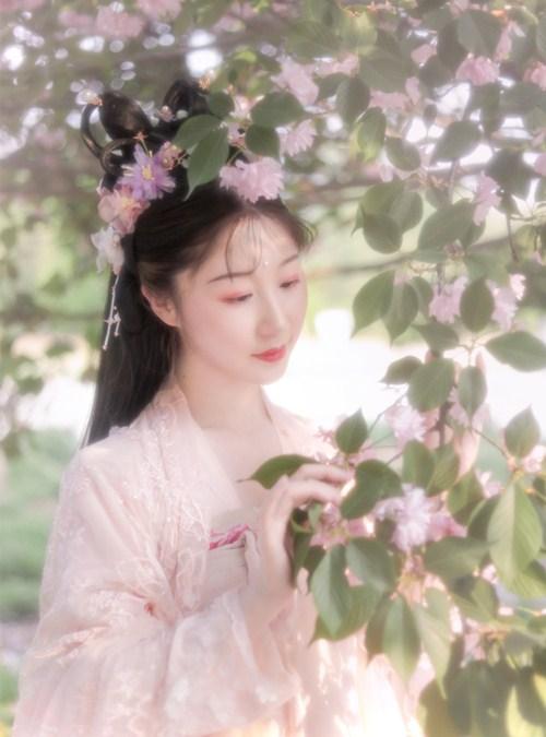 Tuyệt thế mỹ nữ thời Xuân Thu gặp bi kịch vì quá xinh đẹp, khi qua đời hoa đào bay đầy trời  - Ảnh 2.