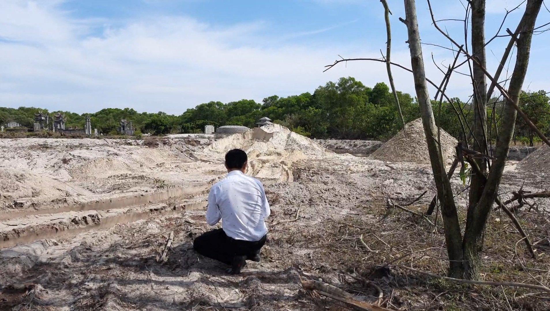 Vụ anh ruột Chủ tịch xã khai thác đất cát trái phép: Hứa một đường làm một nẻo - Ảnh 3.