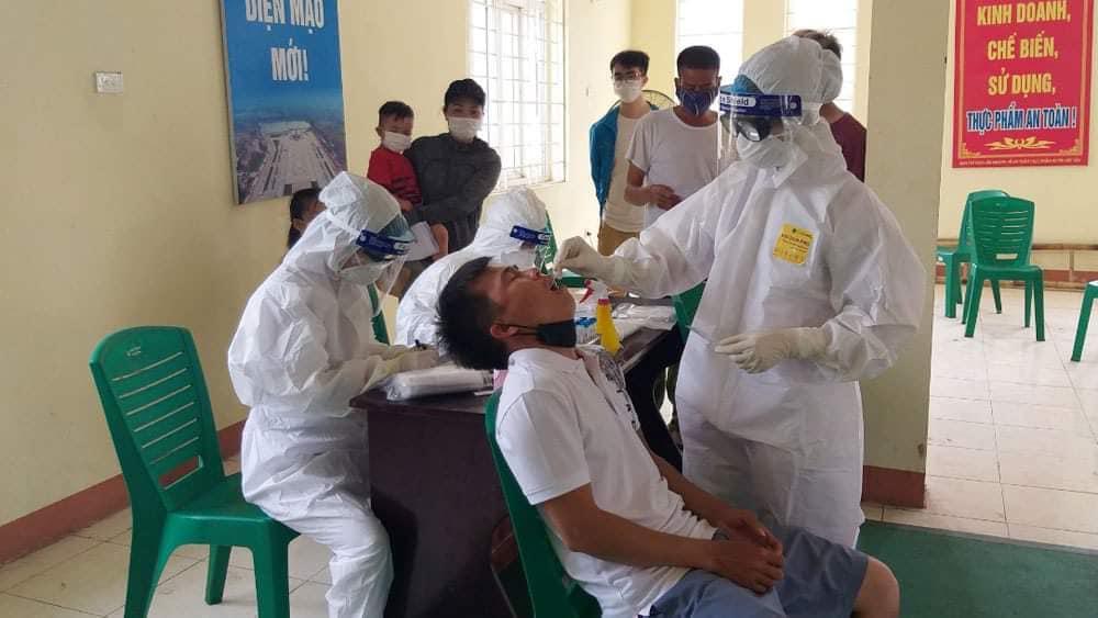 16 bệnh nhân Covid-19 nguy kịch, trong đó có 1 bác sĩ 25 tuổi - Ảnh 2.