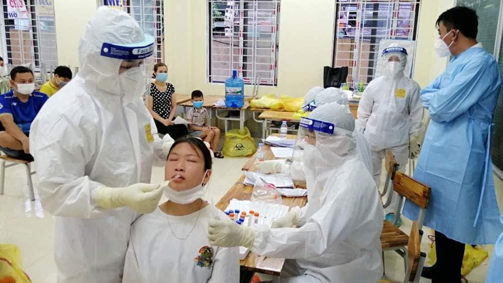 Dồn toàn lực khống chế, kiểm soát dịch ở Bắc Giang, Bắc Ninh - Ảnh 4.