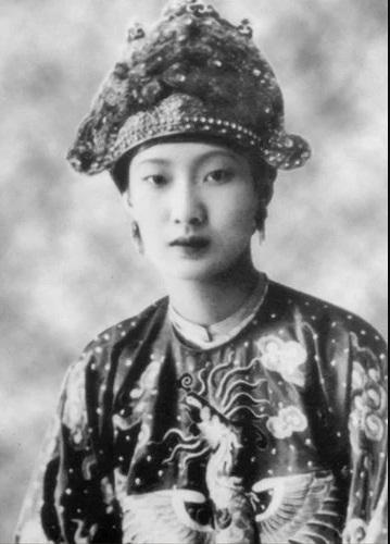 Ông Huyện Sỹ: Đại hào phú Sài Gòn và mối quan hệ với Nam Phương Hoàng Hậu - Ảnh 3.