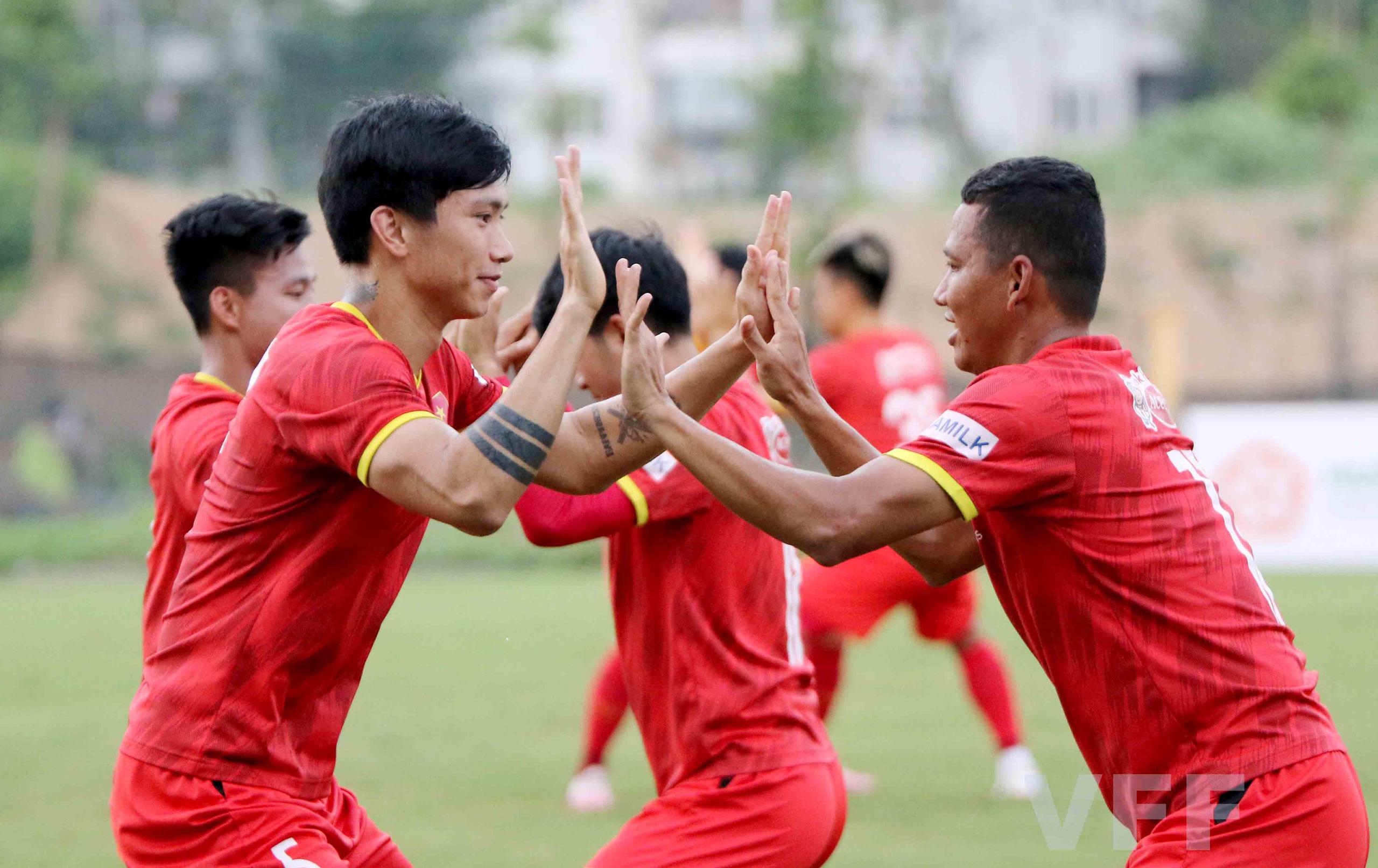 Sau Xuân Trường, HLV Park Hang-seo hồi hộp chờ tin vui từ Hoàng Đức - Ảnh 3.