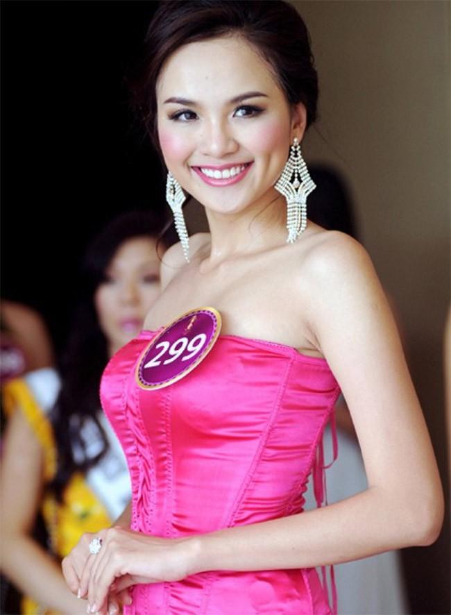 Sau 9 năm tham gia Hoa hậu Hoàn vũ thế giới, Diễm Hương giờ thay đổi ra sao? - Ảnh 2.