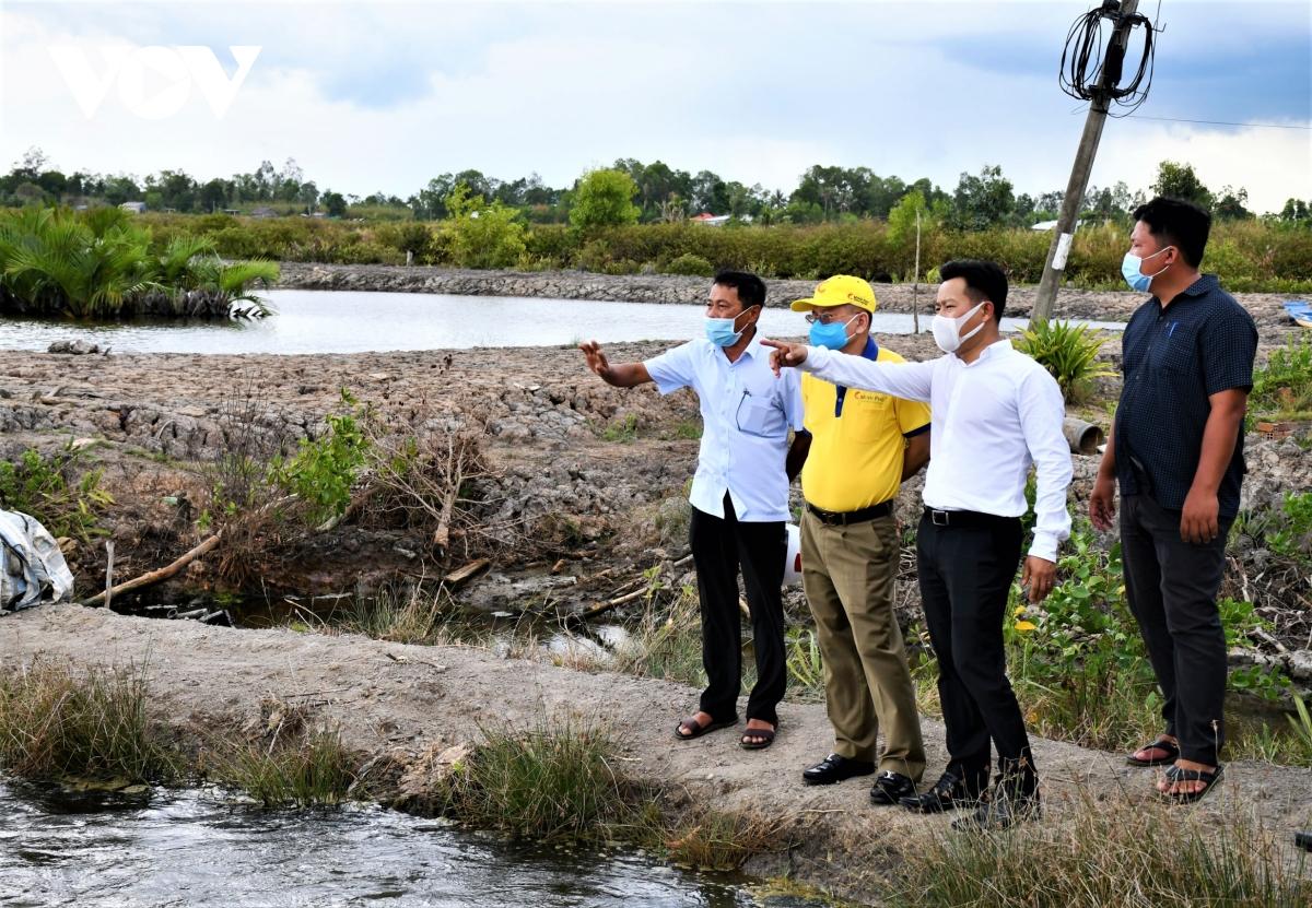 Người dân và doanh nghiệp cùnglàm để cótôm sinh thái, lúa hữu cơ - Ảnh 2.