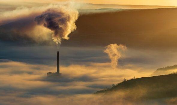 """Biến đổi khí hậu làm cho tình trạng """"rác không gian"""" ngày càng tồi tệ hơn - Ảnh 3."""