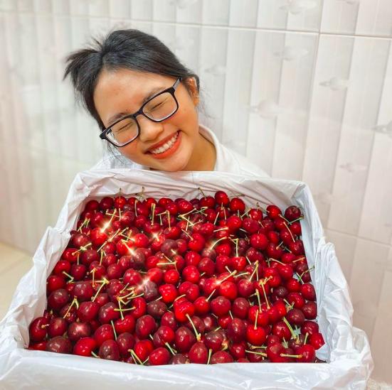 Sao Việt 17/5: Bảo Thanh lộ diện xinh đẹp rạng ngời sau sinh - Ảnh 9.