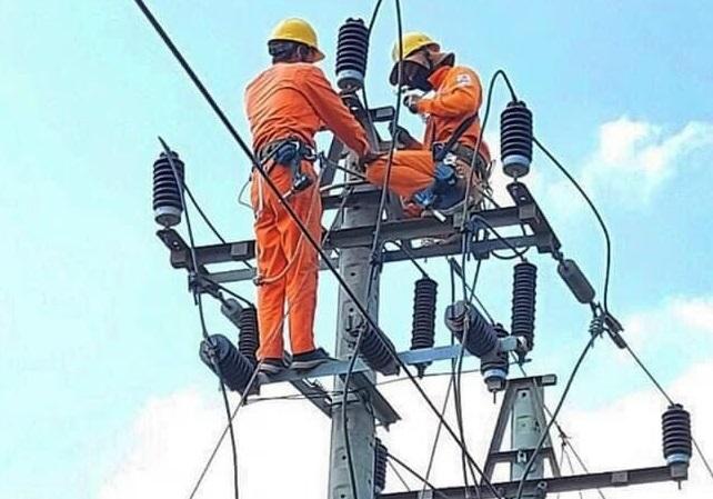PC Đắk Lắk: Sẵn sàng cấp điện phục vụ bầu cử - Ảnh 1.
