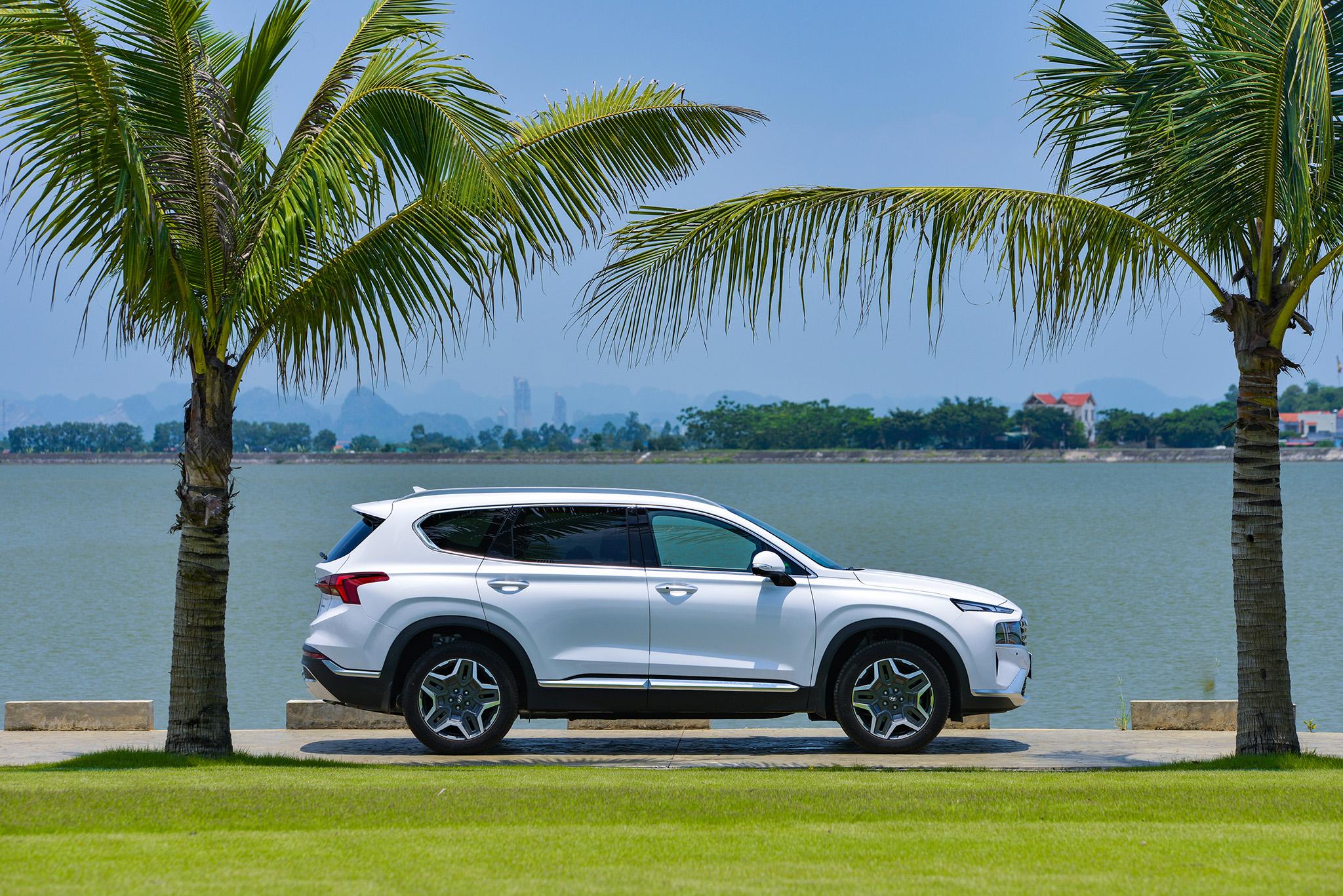 Hyundai Santa Fe 2021 chính thức ra mắt tại Việt Nam - Ảnh 2.