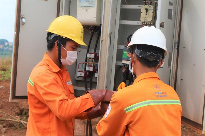 Đắk Nông: Sẵn sàng đảm bảo cung cấp điện an toàn phục vụ bầu cử - Ảnh 1.
