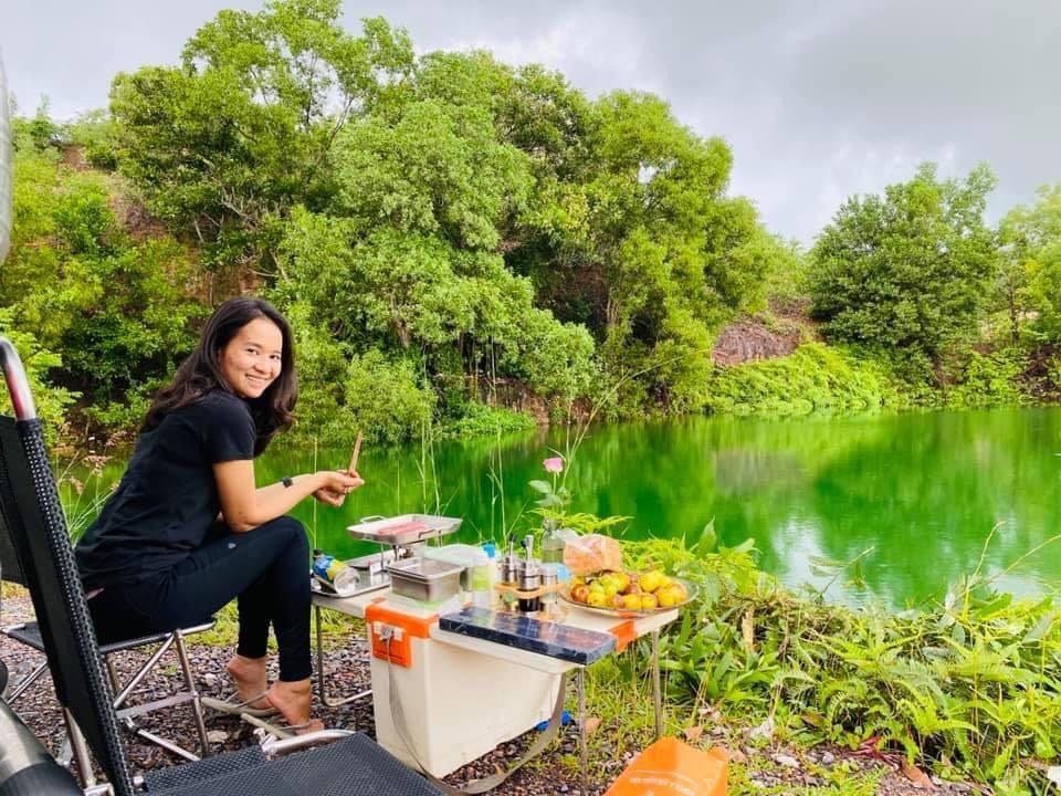 """""""Hô biến"""" ô tô thành nhà di động, đưa bạn gái du lịch khắp Việt Nam - Ảnh 8."""