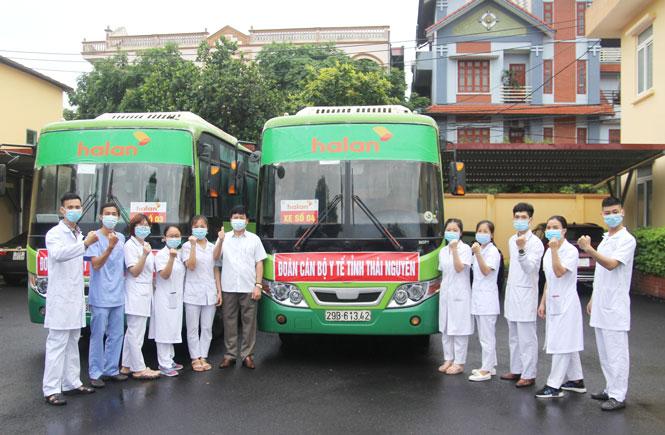 51 y bác sỹ của Thái Nguyên lên đường hỗ trợ Bắc Giang chống dịch - Ảnh 3.