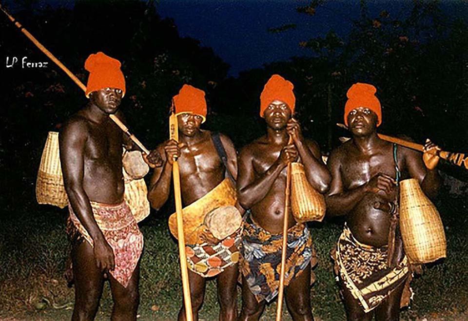 Khám phá Bijago – Châu Phi: Nơi phụ nữ cai trị, chọn chồng cùng cách cầu hồn kỳ lạ - Ảnh 2.