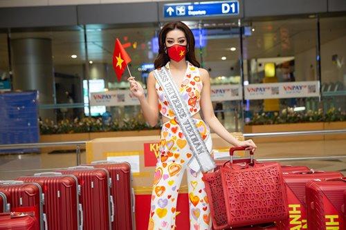 """Khánh Vân: Từ Hoa khôi Áo dài giản dị 8 năm trước đến Top 21 Miss Universe 2020 """"lột xác"""" khó tin - Ảnh 7."""