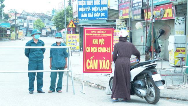 TT-Huế: 4 bệnh nhân Covid-19 âm tính lần 1, dỡ bỏ giãn cách xã hội huyện Phong Điền - Ảnh 1.