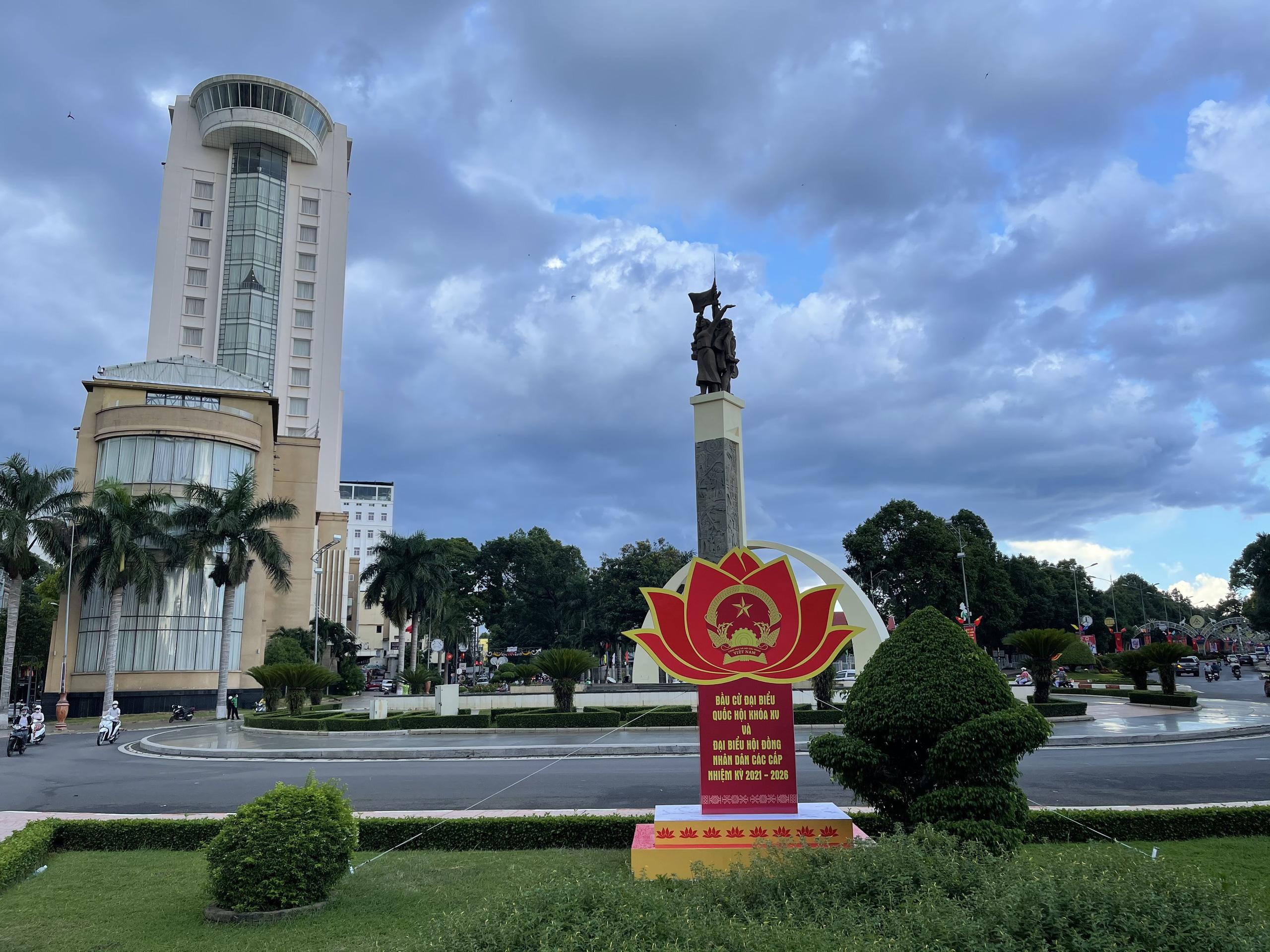 Đắk Lắk: Công tác chuẩn bị bầu cử ở thành phố lớn nhất Tây Nguyên  - Ảnh 2.